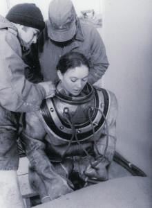 HTFN Donna Tobias wears a MK V rig during dive school
